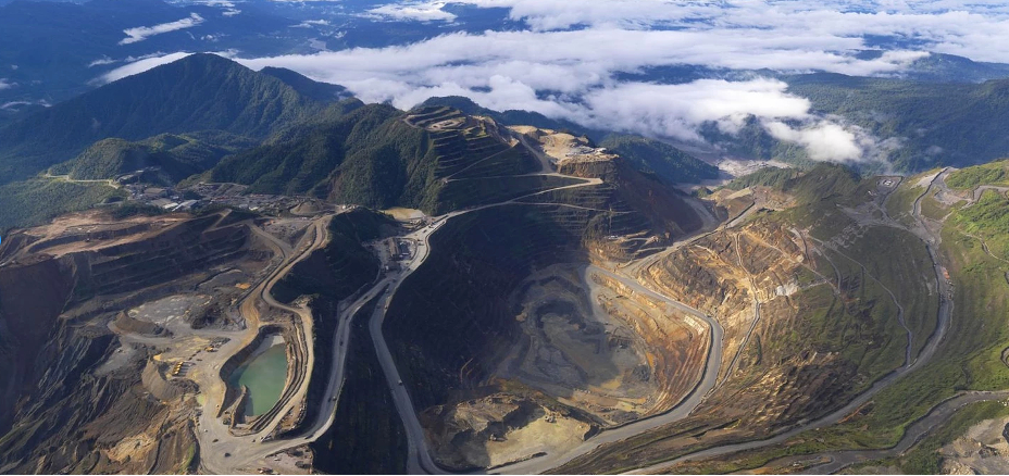 Papua New Guinea Mining: Place, Space, Power and Projects